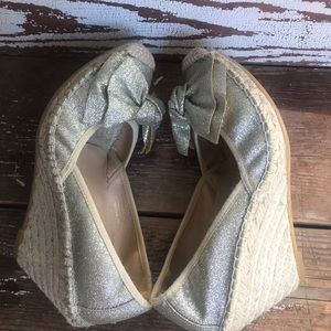 Ivanka Trump Gold Glitter Espadrille Wedge 6.5/7